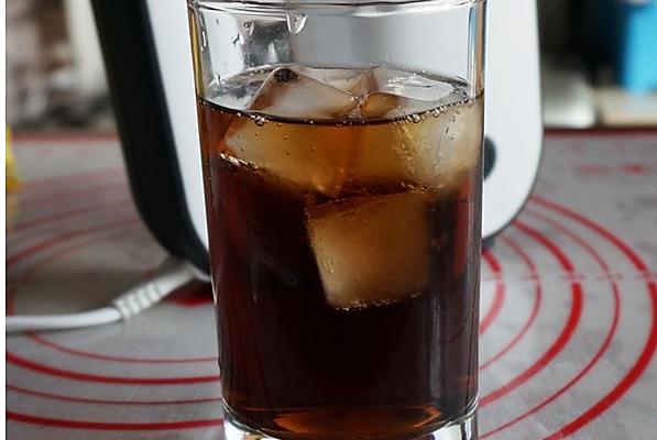 自由古巴 Cuba Libre 鸡尾酒的做法