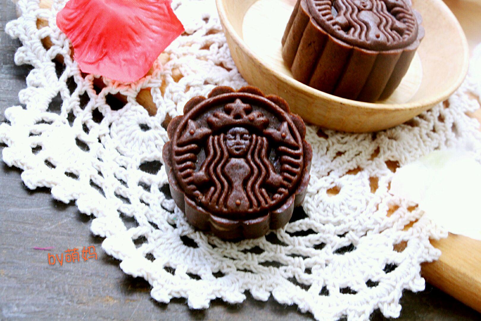 5g 白芸豆馅500g 耐高温巧克力豆60g 倍量特浓巧克力月饼的做法步骤