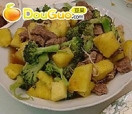 酸甜菠萝牛肉的做法