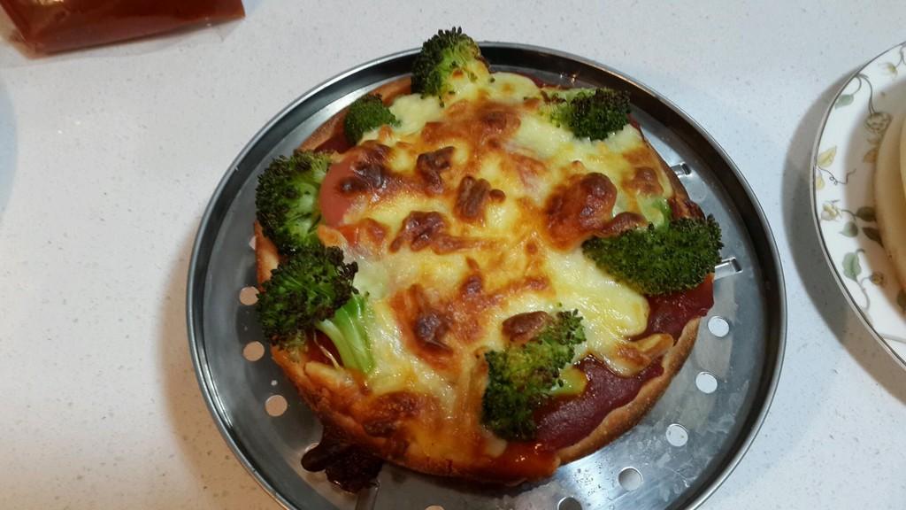 用手机看这个菜谱 扫一扫 边看边做更方便 至尊披萨的做法步骤 小贴士