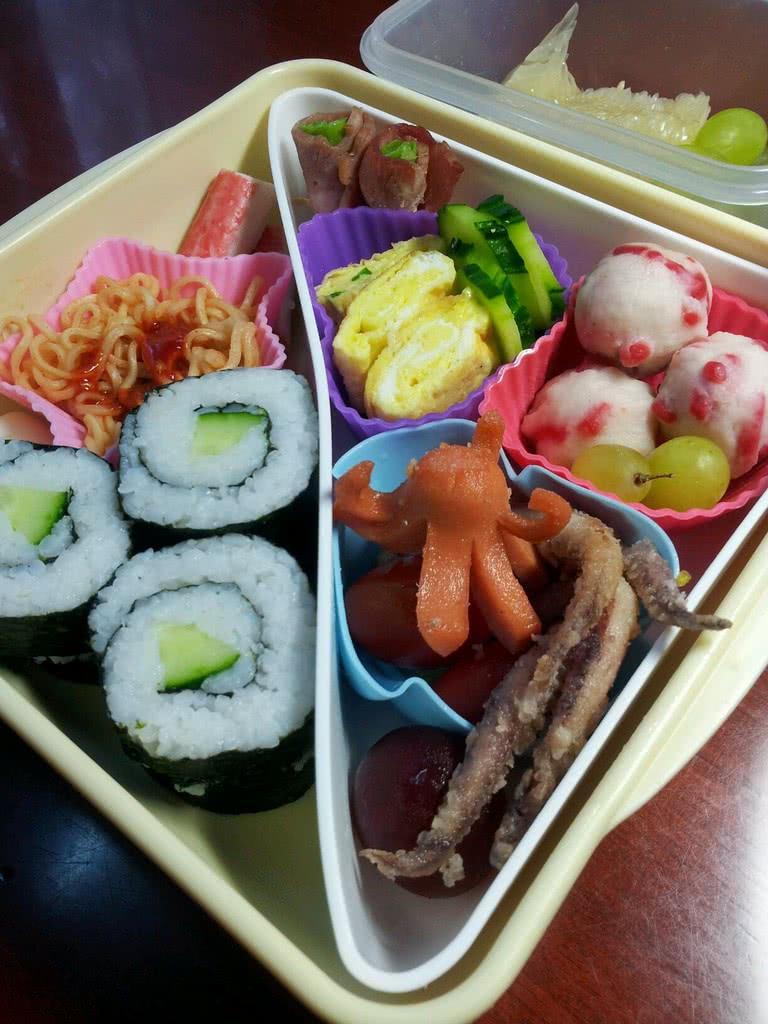鱿鱼寿司便当的做法 !-- 图解1 -->