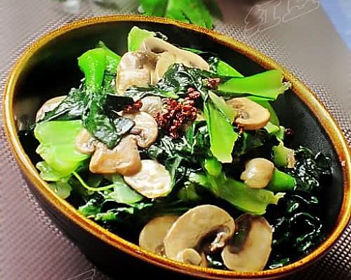 椒油口蘑小油菜的做法