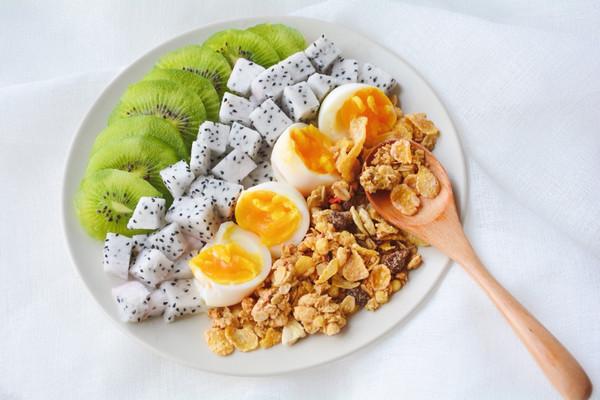 营养快手早餐之彩虹沙拉-首农宝宝蛋试吃的做法