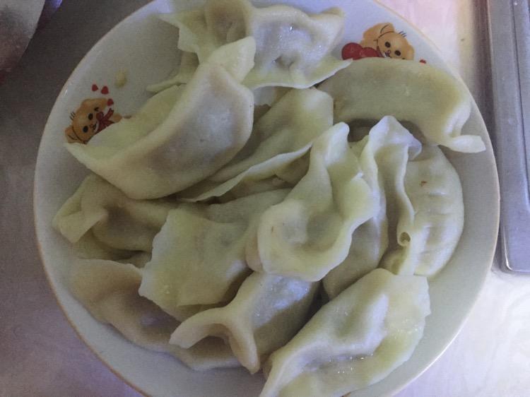 包饺子的做法_【图解】包饺子怎么做好吃
