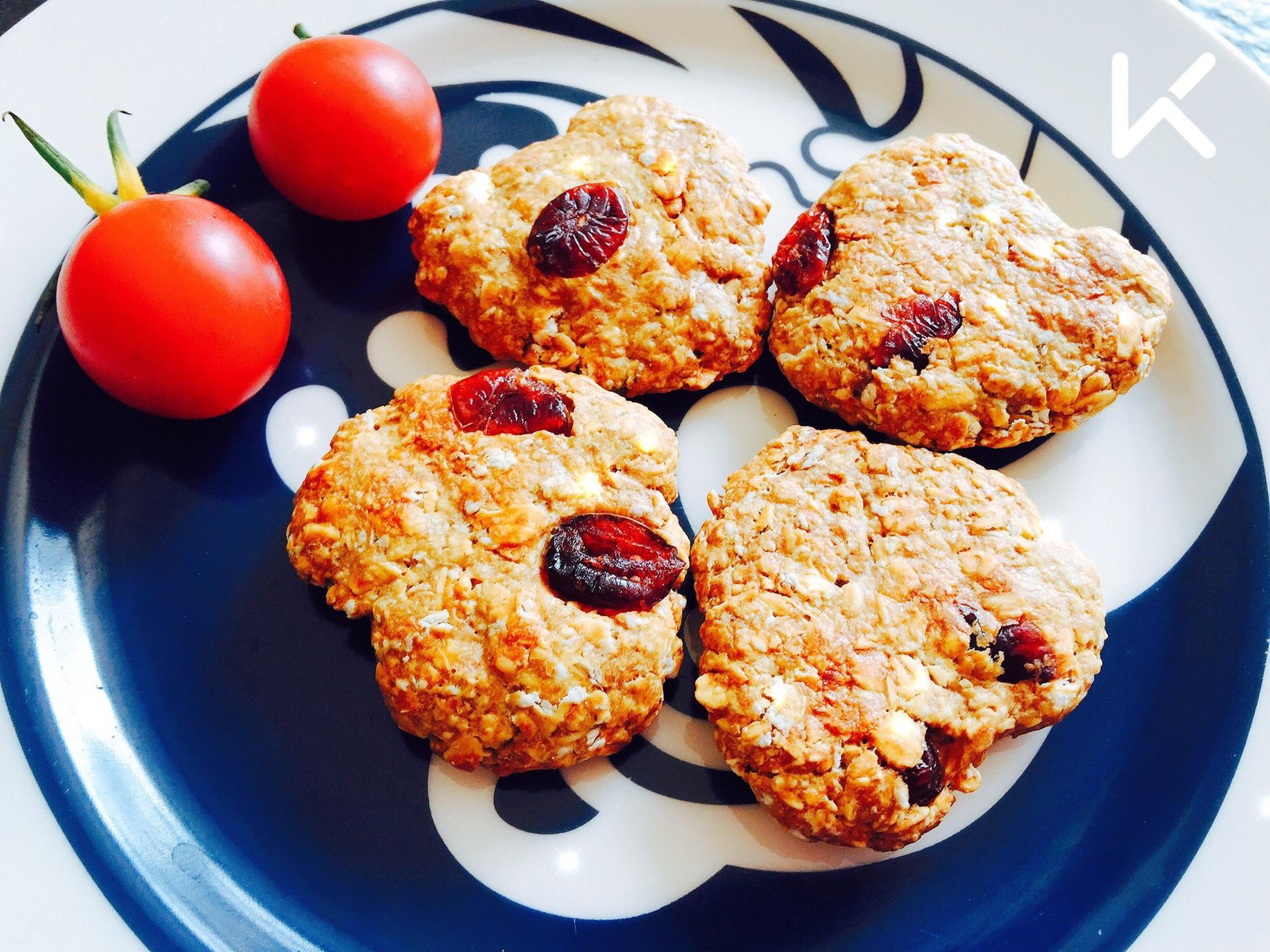 【增肌减脂都吃的小零食】无油香蕉蛋白粉无糖燕麦饼怎么可以生活减肥当中图片