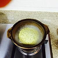 泡面鸡蛋饼#小虾创意料理#的做法图解2