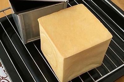 酸奶方包#东菱魔法云面包机#