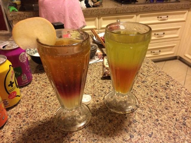 辅料   苹果片 或 柠檬片1片 果汁(多色)的做法步骤 1.