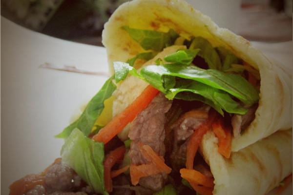 妈妈的爱-----我的洋气早餐牛肉卷的做法