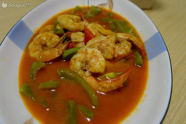 泰式红咖喱虾仁的做法