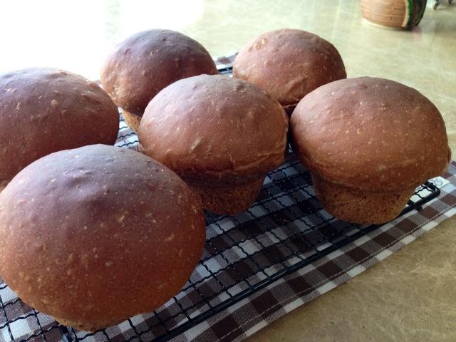 葡萄/蘑菇小面包~肉桂葡萄馅
