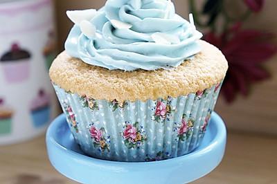 不回缩的海绵杯子蛋糕