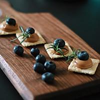 蓝莓花生酱小食