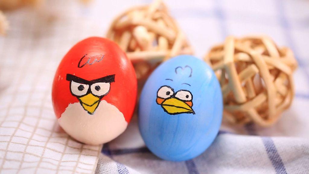 教大家用彩笔在蛋壳上画超可爱的愤怒的小鸟和超华丽艺术彩蛋!