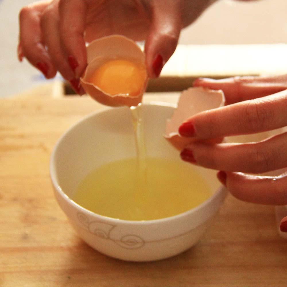 把鸡蛋清v黄油出来.如图.如果你有更好的取鸡蛋清黄油,请分享啊!小方法欧派图片