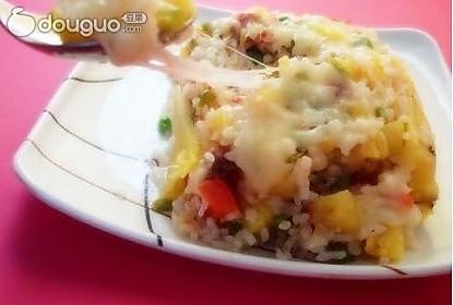 鲜虾培根芝士焗饭的做法