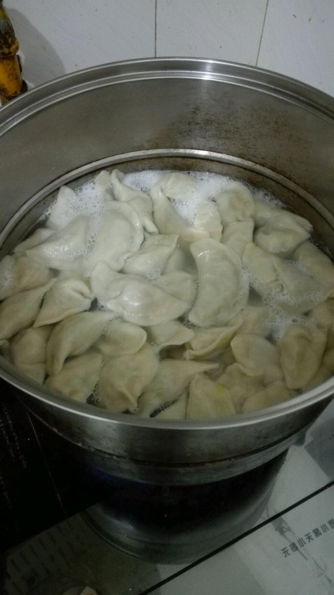猪肉大白菜饺子的做法图解5