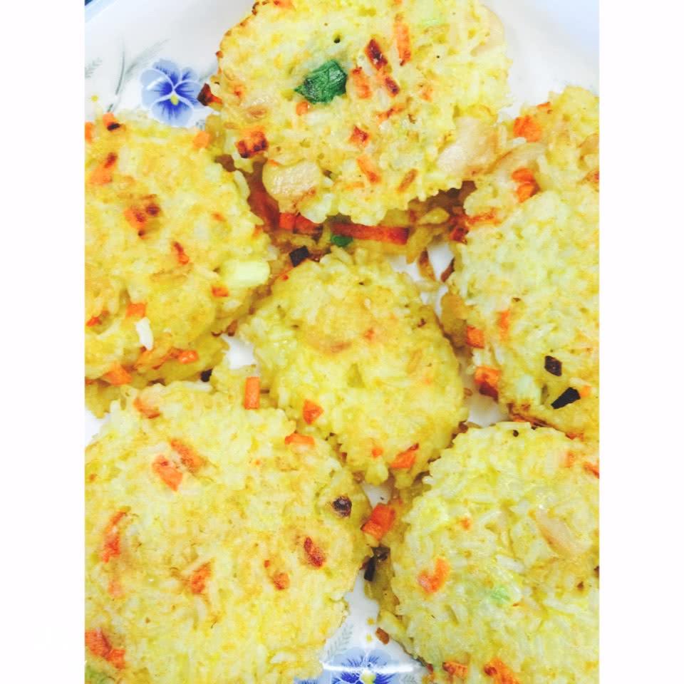 蔬菜米饭饼的做法图解1
