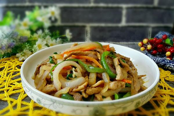 洋葱炒肉丝的做法