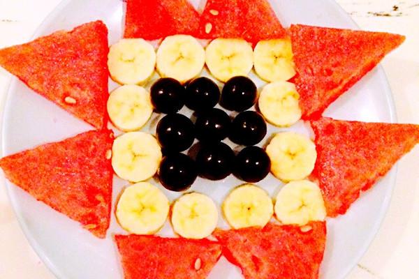简单水果拼盘的做法 简单水果拼盘怎么做如何做好吃 简单水果拼盘家
