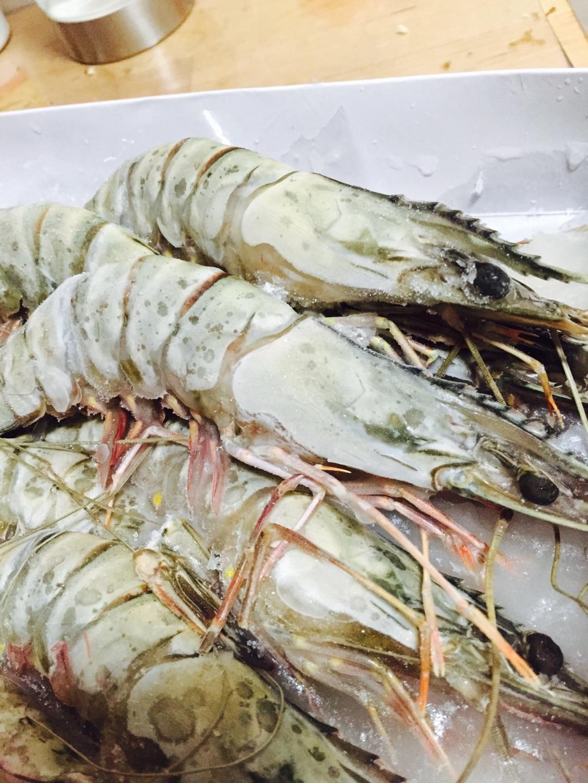 清烤蒜香青岛虾的做法