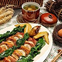 金鸡报喜配莲藕排骨汤