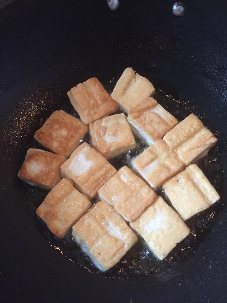 烧烤臭豆腐的做法步骤