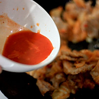 辣白菜炒五花肉的做法图解7