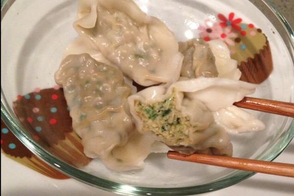 虎虾韭菜水饺的做法