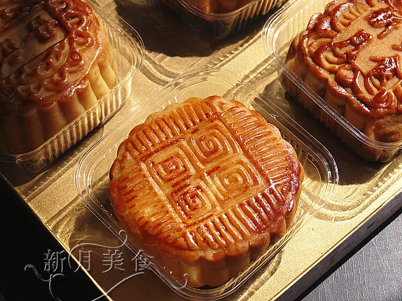 张娟玉/经典的美味--广式莲蓉、五仁月饼