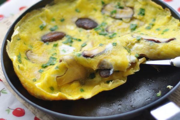 香菇煎蛋——早餐的做法