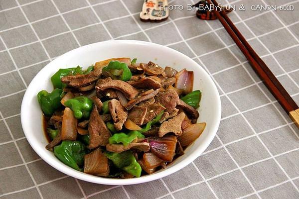 顺家私房菜——爆炒猪肝的做法