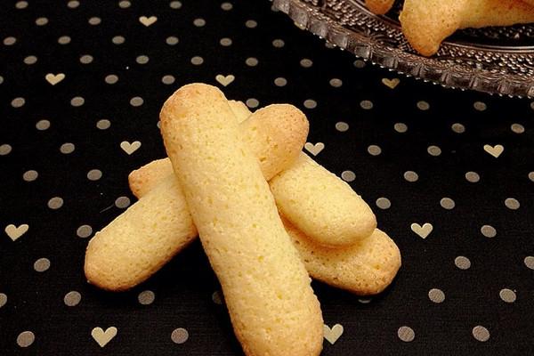 主料 1个 35g 糖粉25g 手指饼干的做法步骤 小贴士 烤好后的手指