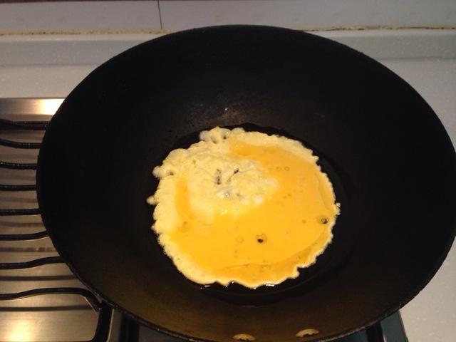 懒人简餐之酱油鸡蛋面的做法 !-- 图解2 -->