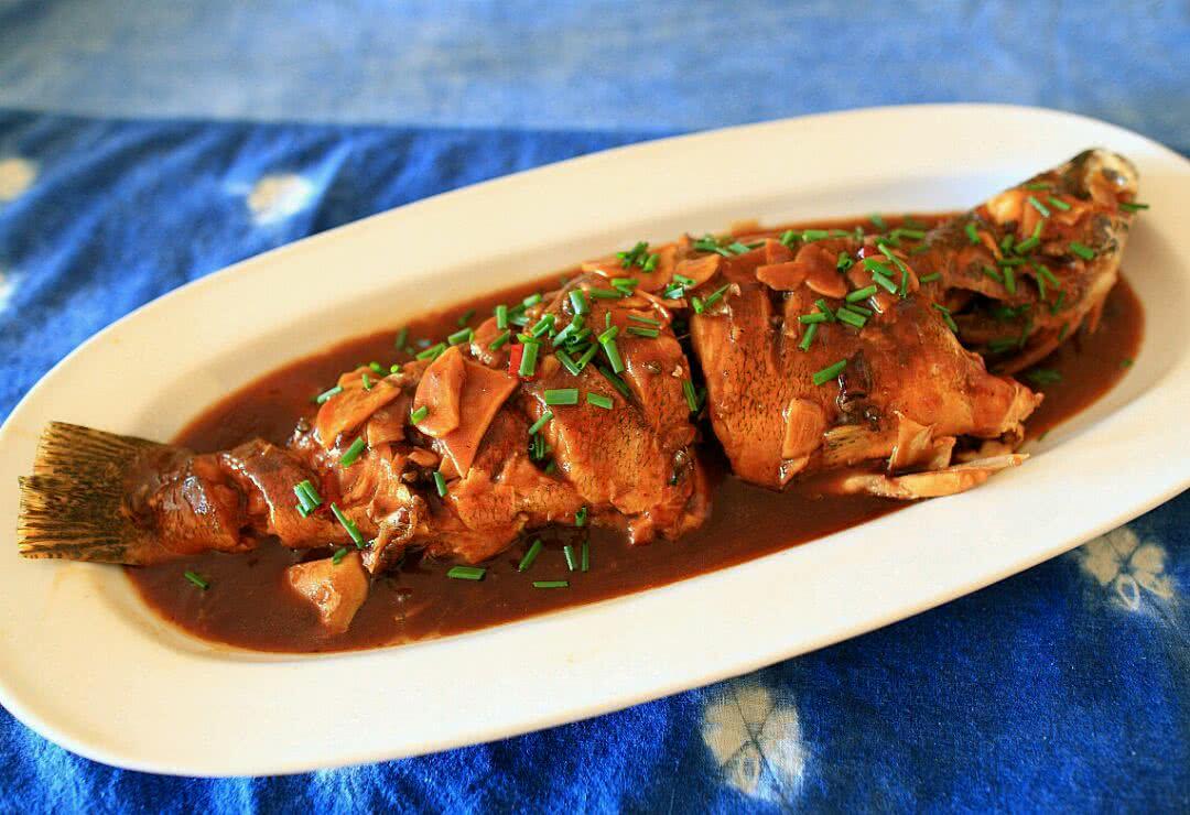 红烧鱼做法大全菜谱_家常小菜--红烧鱼的做法_【图解】家常小菜--红烧鱼怎么做如何 ...