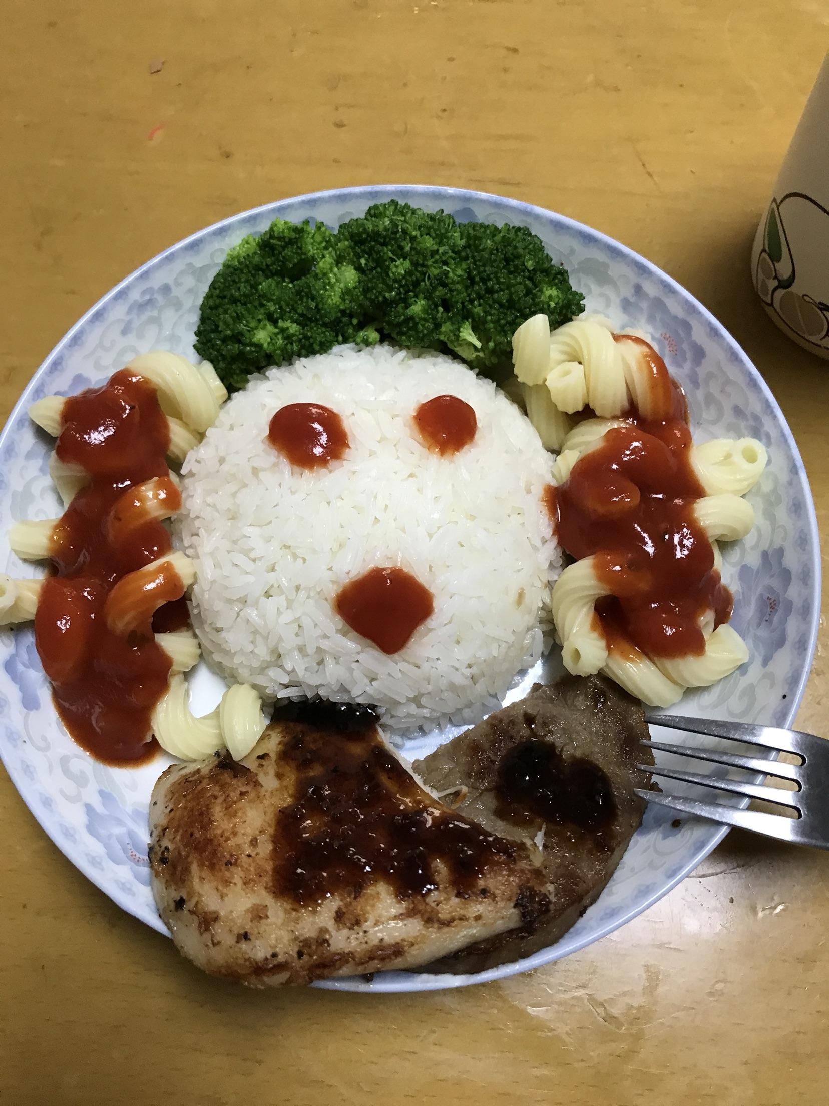 炒菜煲汤临锅时加入提鲜不口干 洋娃娃的做法步骤        本菜谱的