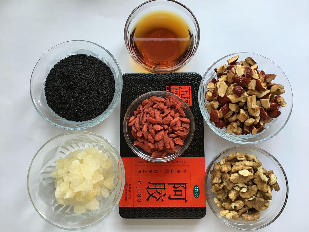 阿胶红枣枸杞黑芝麻,冰糖核桃有什么功效图片
