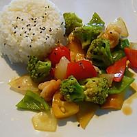 西兰花炒海虾配米饭