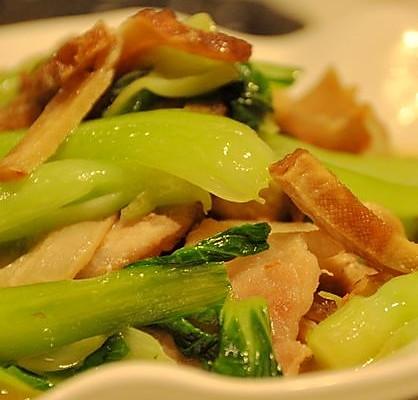 豆干肉片炒青菜的做法