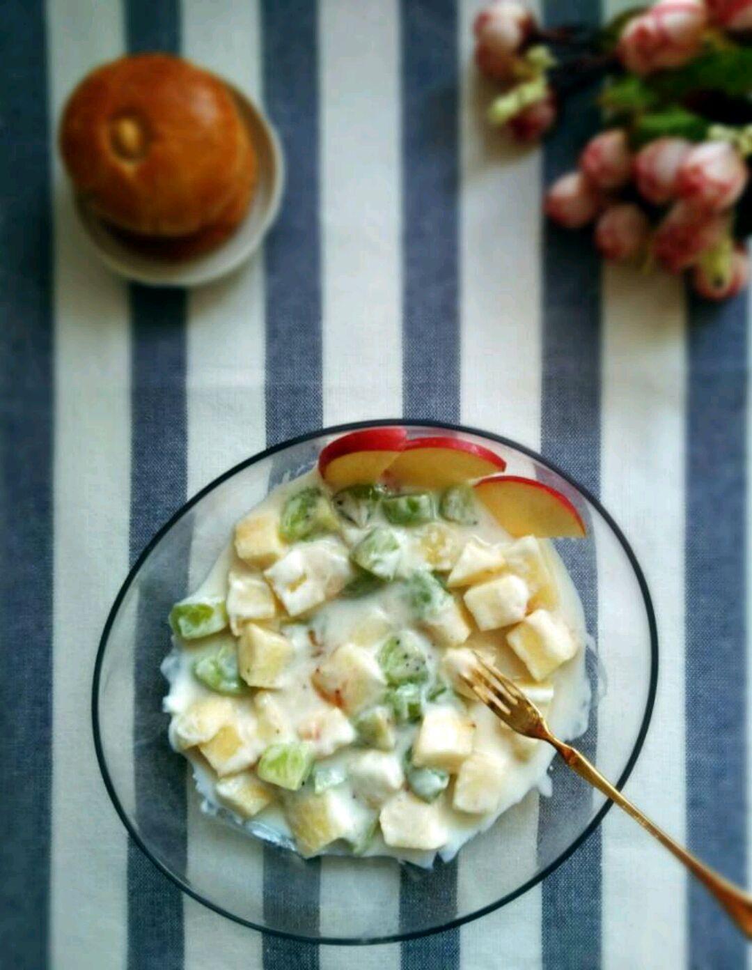 主料 水果沙拉的做法步骤 1.