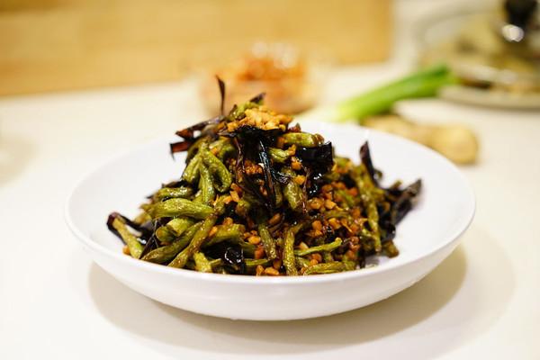 下饭菜-干煸肉沫茄皮四季豆的做法