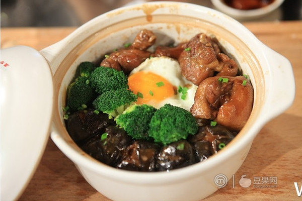 鸭腿煲仔饭 —《顶级厨师》参赛作品的做法