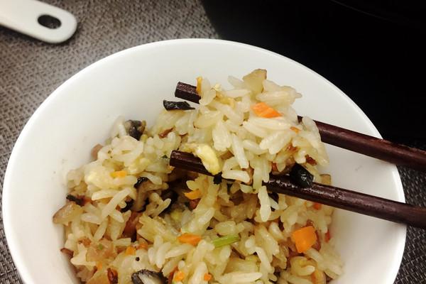 足料生炒糯米饭 #宴客拿手菜#的做法