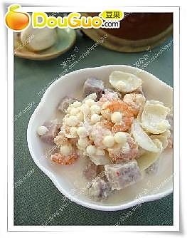 香芋百合芡实煲的做法