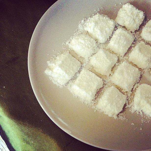 特別簡單又好吃的零食-椰奶凍的做法_【圖解】特別 ...