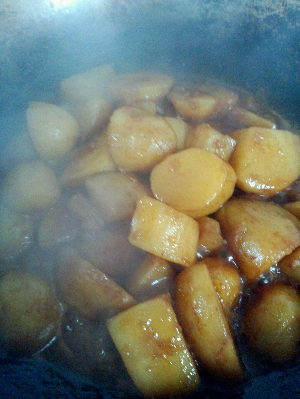 紅燒土豆的做法圖解5