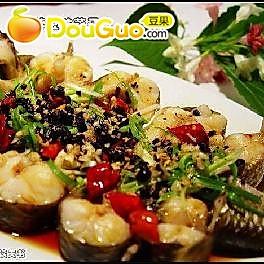 蒜蓉豆豉蒸子鱼的做法