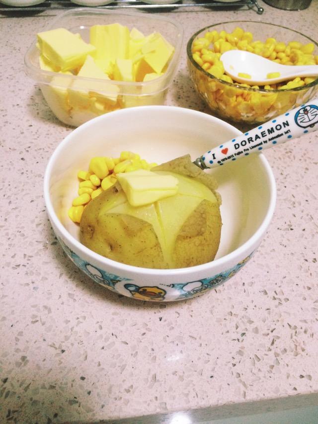 日本小吃-黄油玉米土豆图片