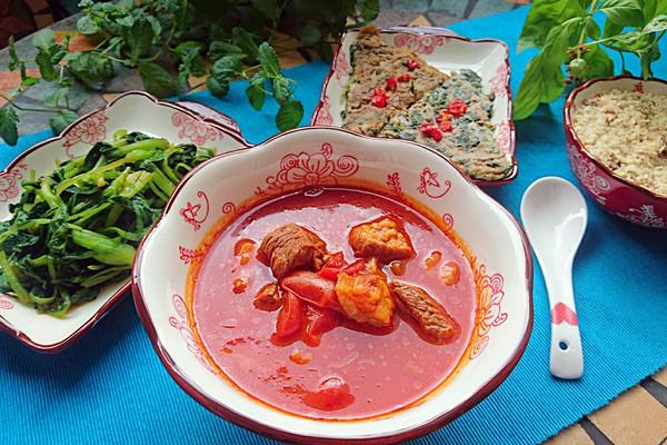 番茄炖牛肉-蜜桃爱营养师私厨-减肥清体健身抗癌营养餐的做法