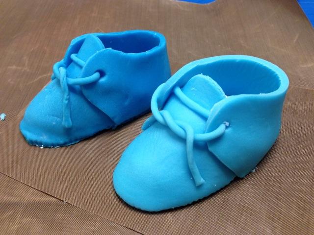 翻糖耐克婴儿鞋详细做法,超啰嗦.的做法 !-- 图解10 -->